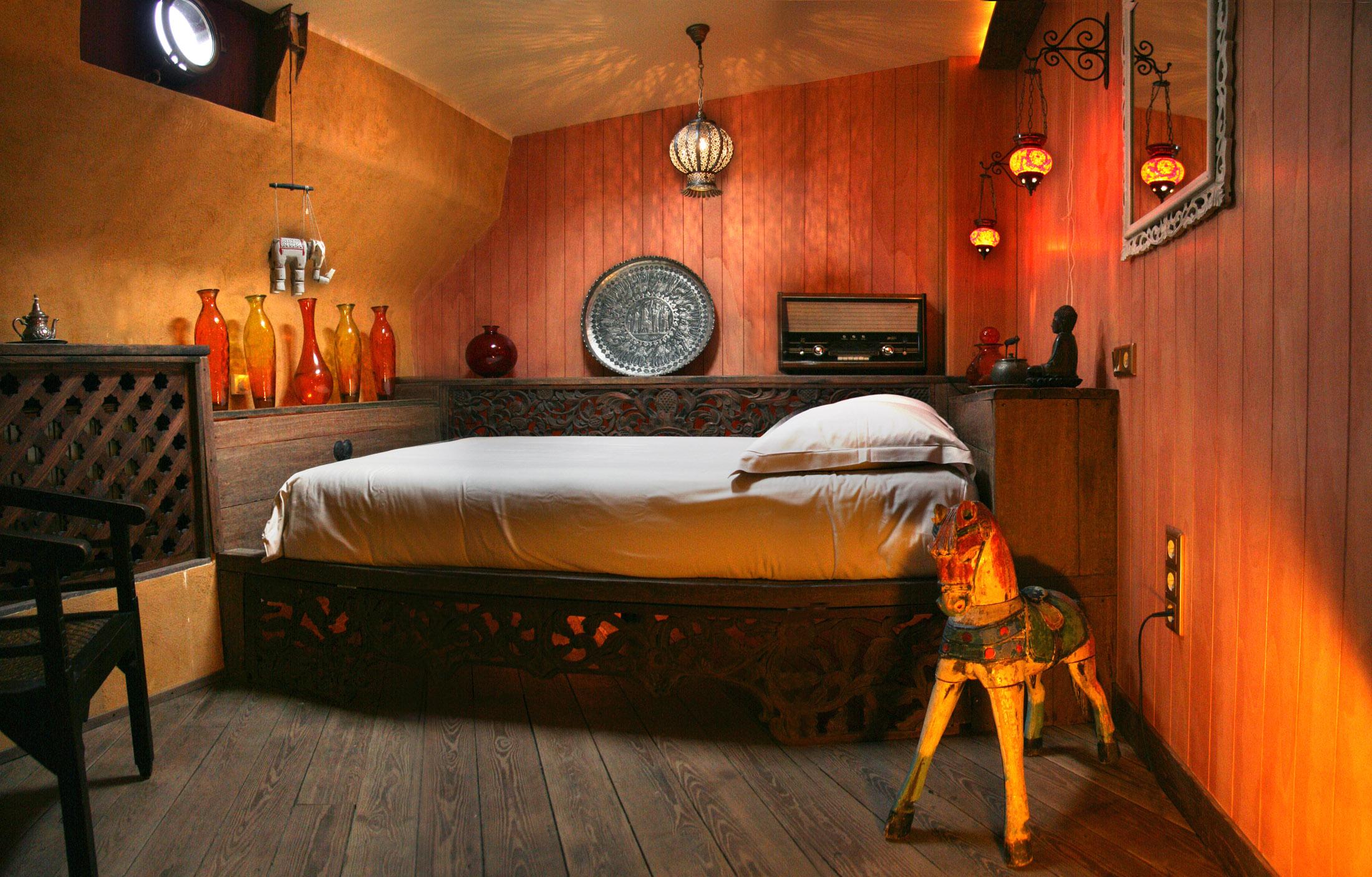 Supertrips - Opoe Sientje: Bed & Breakfast en Museum