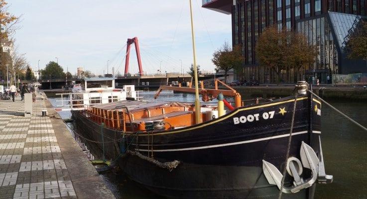 Boat Hotel