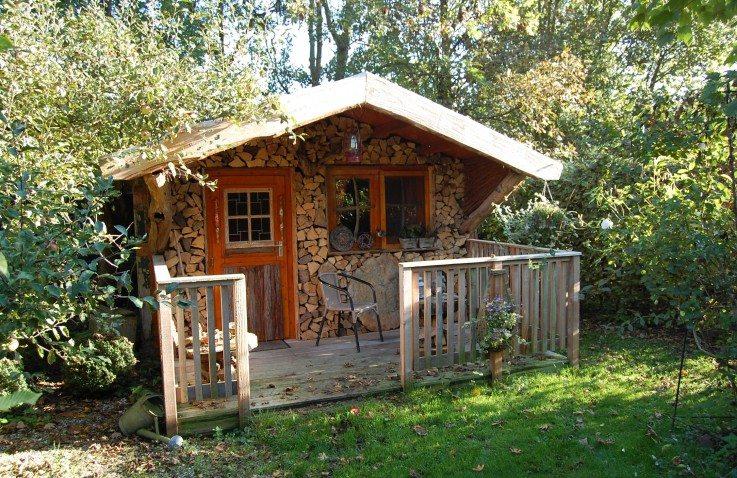 Blokhut huren het kleine paradijs friesland for Klein huisje in bos te koop