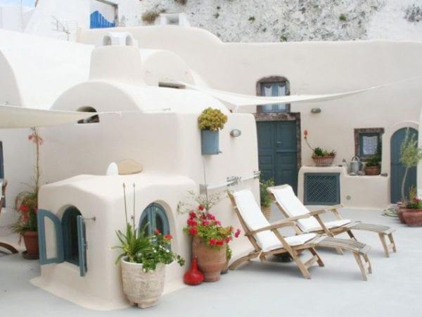 Lotza's Studios Santorini