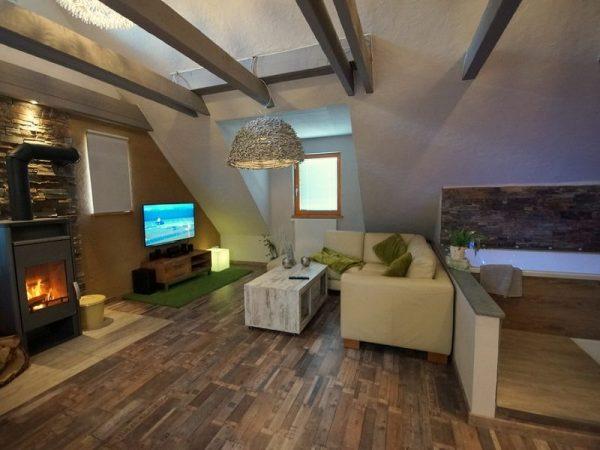 Old-chalet-suite
