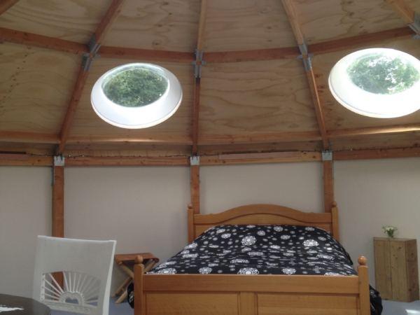 Overnachten-in-een-yurt2