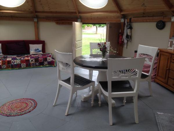 Overnachten-in-een-yurt3