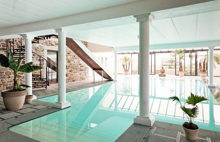 Vakantiewoning met zwembad en jacuzzi ardennen belgi for Zwembad thuis prijzen