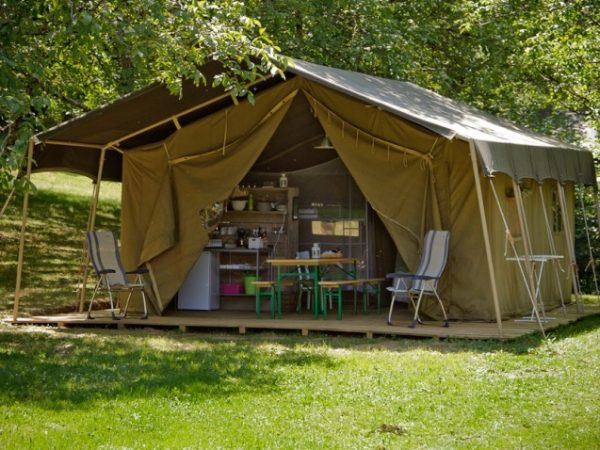 Tendi Safari tents (FDM)
