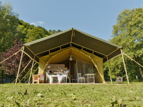 Tendi Safari tents (G)