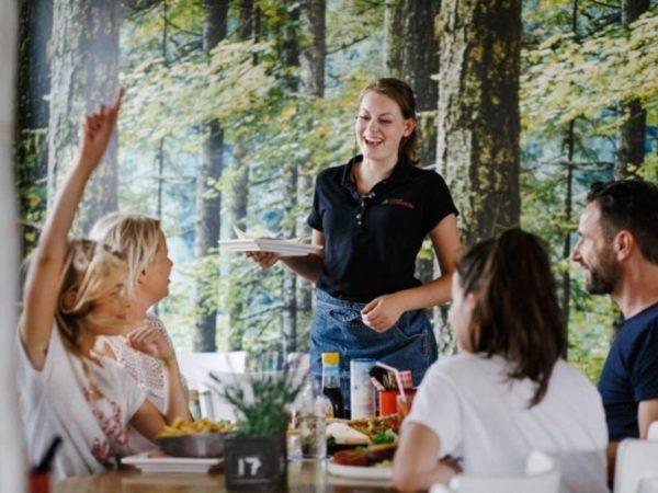 boomhutovernachting-vakantiepark-dierenbos-noord-brabant-10