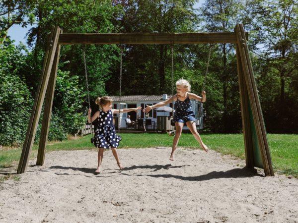 boomhutovernachting-vakantiepark-dierenbos-noord-brabant-6