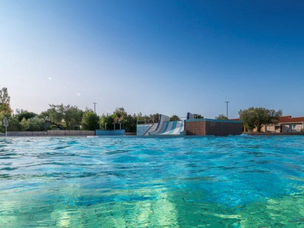 camping-aan-de-kust-met-zwembad