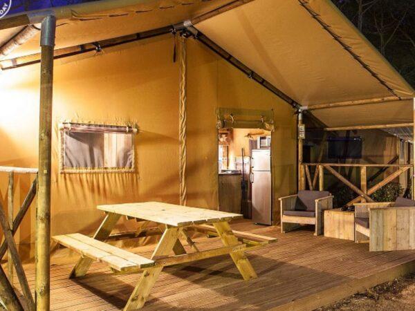camping-aan-zee-vakantiehuisjes
