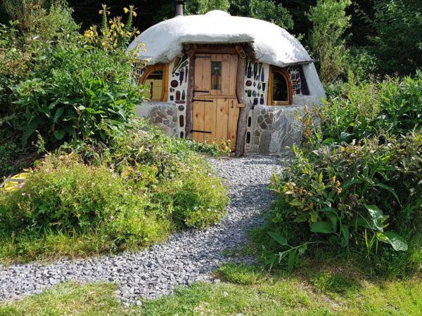 bijzondere-overnachting-hobbithuisje