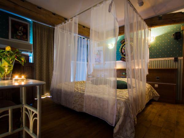 hotelkamer-jacuzzi-hotel-de-stokerij15