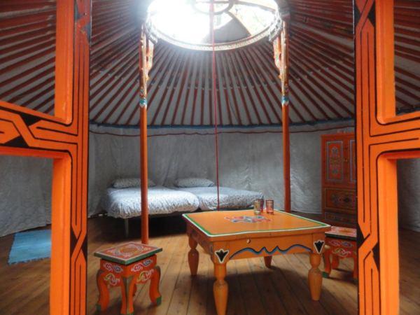 overnachten-in-een-mongoolse-yurt7