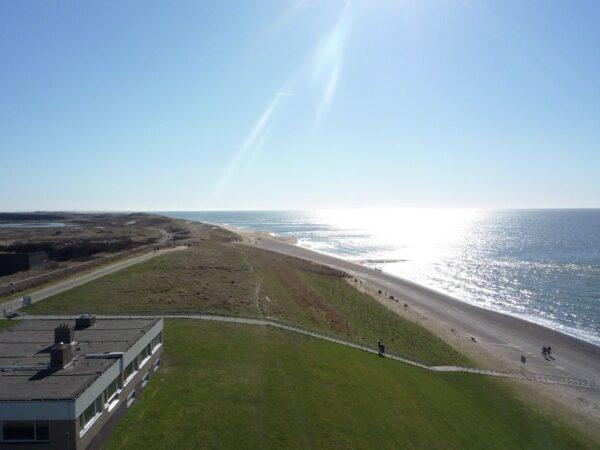 uitzicht-over-strand-zee