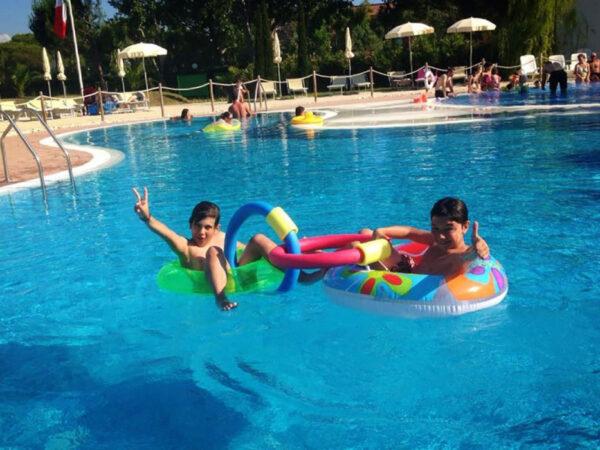 vakantie-vakantiepark-zwembad-zwemparadijs