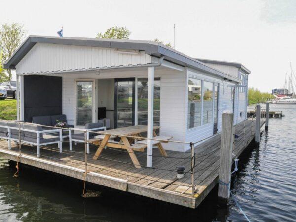 woonboot-overnachting-luxe
