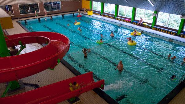 Bosbad-Hoeven-Binnenzwembad-camping-top-10