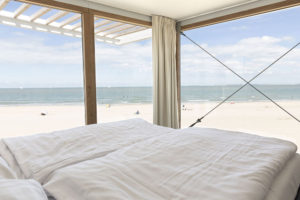 slapen-op-het-strand-Weelde