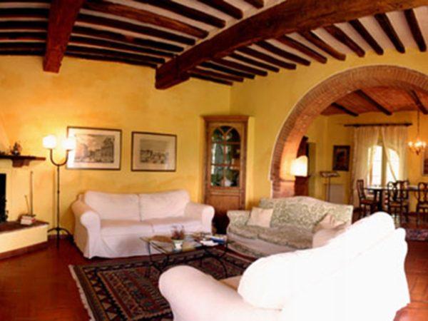 Authentieke toscaanse villa huren ontdek villa sasso for Interni case rustiche