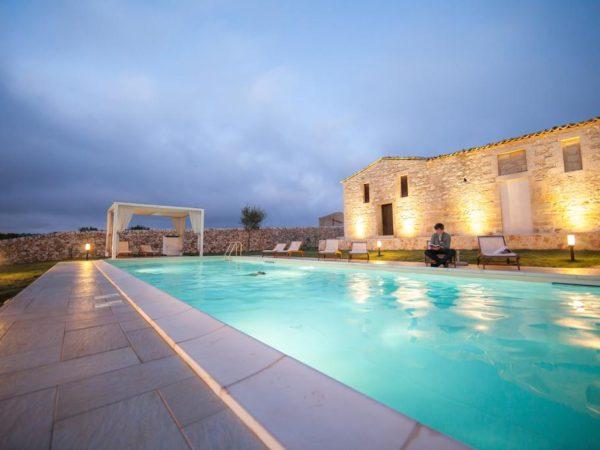 Kamer huren met zwembad
