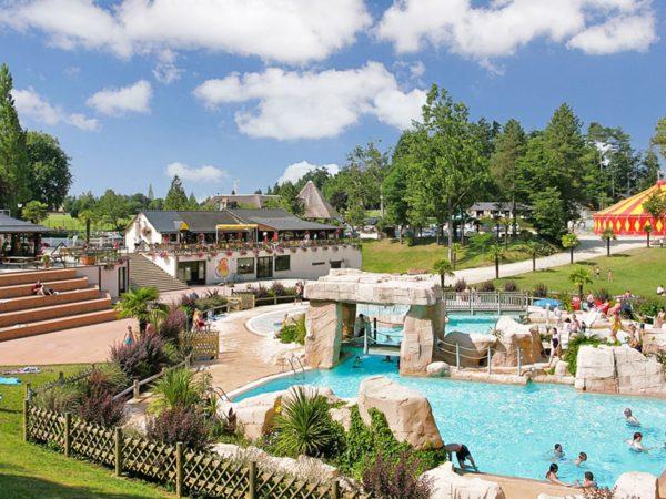 Bretagne-DomaineDesOrmes-Zwembad