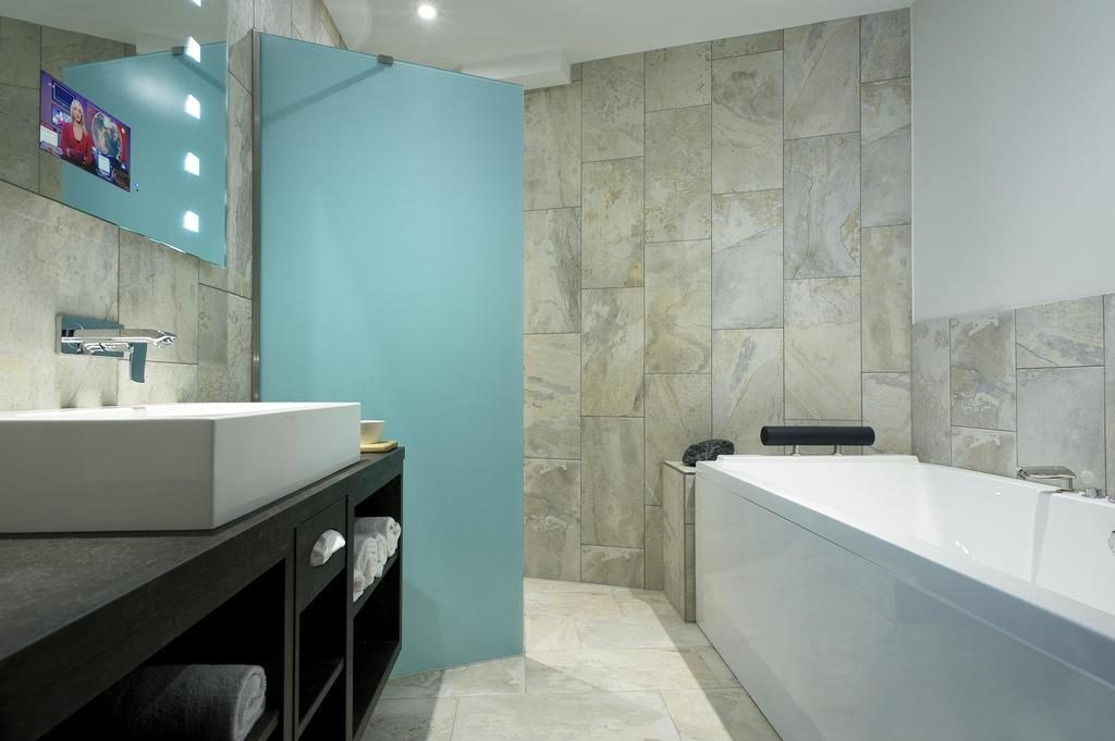 Luxe hotel in rotterdam mainport design hotel supertrips