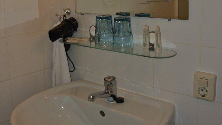 Nieuwe Badkamer Limburg : Luxe hotelkasteel in schin op geul zuid limburg nederland
