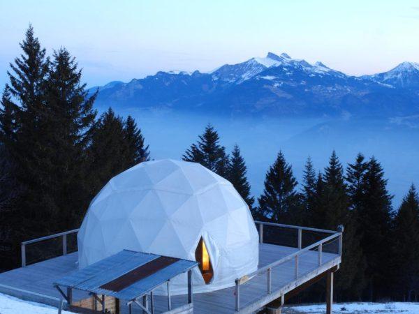 bijzonder-overnachten-in-een-iglo-zwitserland