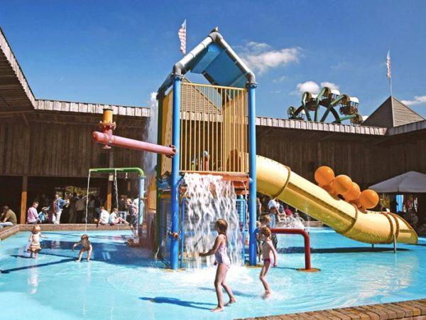 buiten-water-pret-attractiepark