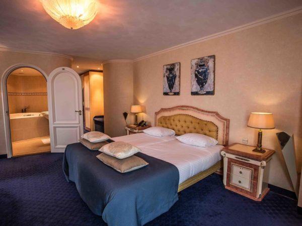luxe-hotelkamer-koperen-hoogte