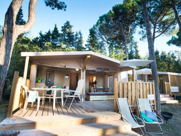 Bella-italia-glamping-top-10