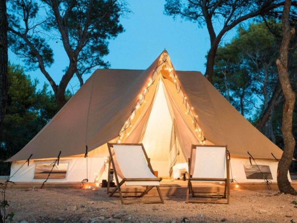 kroatie-obonjanisland-bell-tent-exterieur