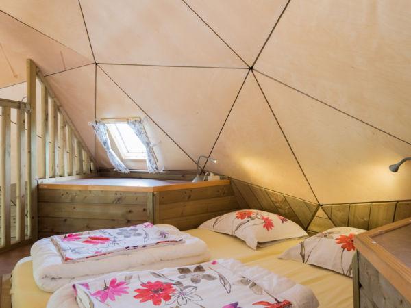 slapen-in-zuid-holland-iglo