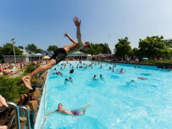 Vakantiepark-Limburg-groepsaccommodatie-bungalow16