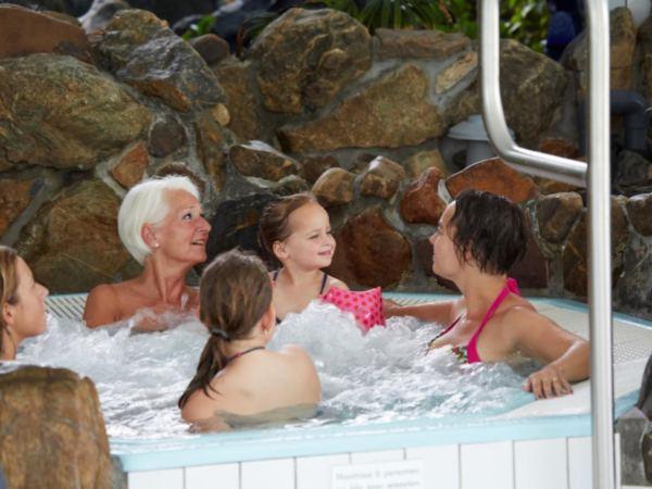 Vakantiepark-Limburg-groepsaccommodatie-bungalow4