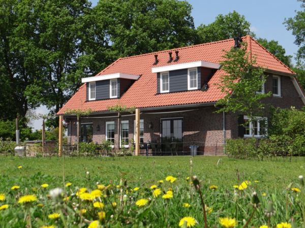 overnachting-in-Twente-Erve-Kleilutte5