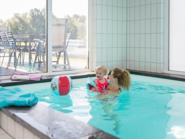 prive-zwembad-groepsaccommodatie