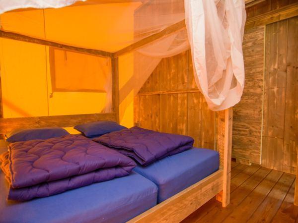 Bijzondere-overnachting-in-een-lodge-drouwenerzand12