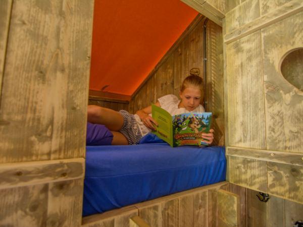 Bijzondere-overnachting-in-een-lodge-drouwenerzand15