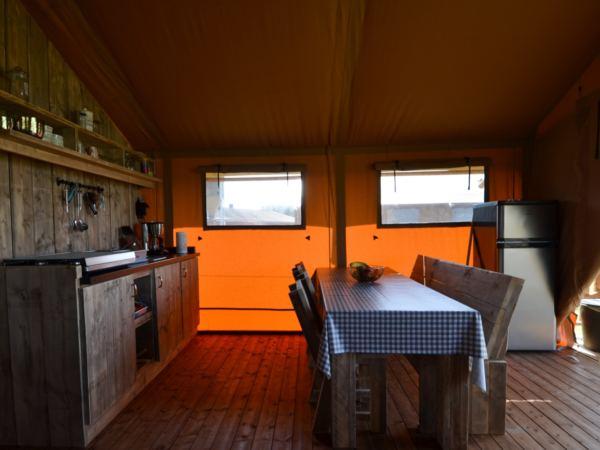 Overnachten-in-een-safaritent-aan-de-vleterbeke13