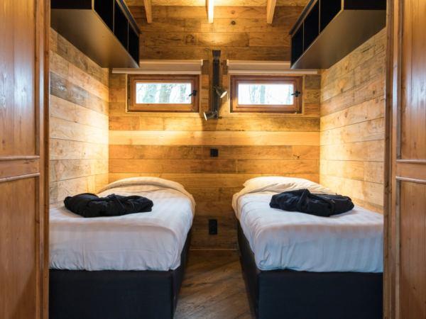 luxe-boomhut-overnachting-vakantiepark-westerbergen-drenthe17