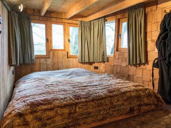 luxe-boomhut-overnachting-vakantiepark-westerbergen-drenthe7