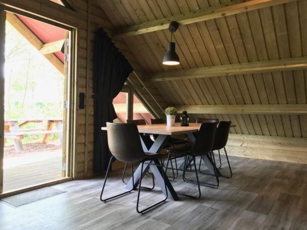 plaggenhut-binnen1-westerbergen-drenthe
