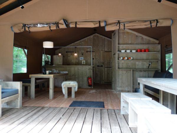 safari-farmlodge-bijzondere-overnachting-drenthe-vakantiepark-westerbergen11