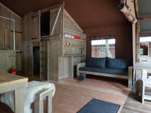 safari-farmlodge-bijzondere-overnachting-drenthe-vakantiepark-westerbergen8