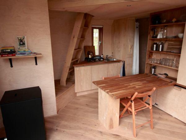 Tiny-nature-house-slapen-in-een-natuurhuisje1