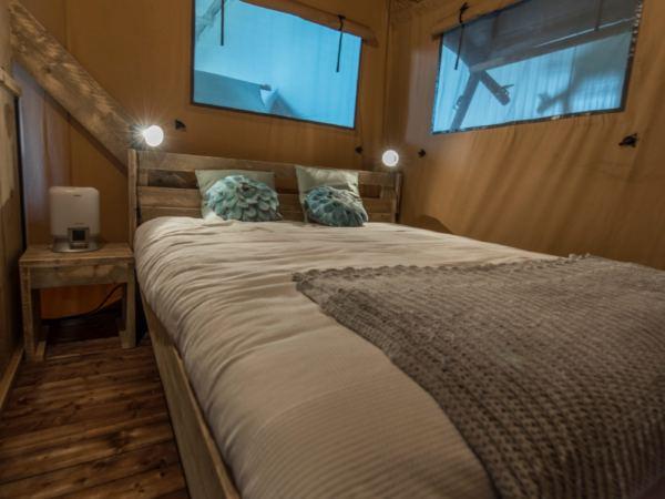 glamping-overnachten-in-een-safaritent10