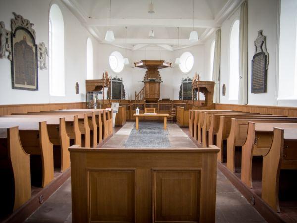 bijzondere-overnachting-in-een-kerk4