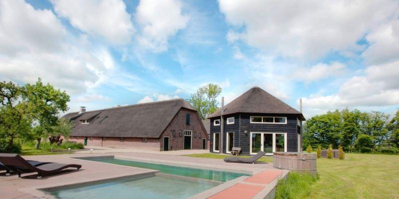 Luxe-groepsaccommodatie-met-zwembad-in-utrecht1