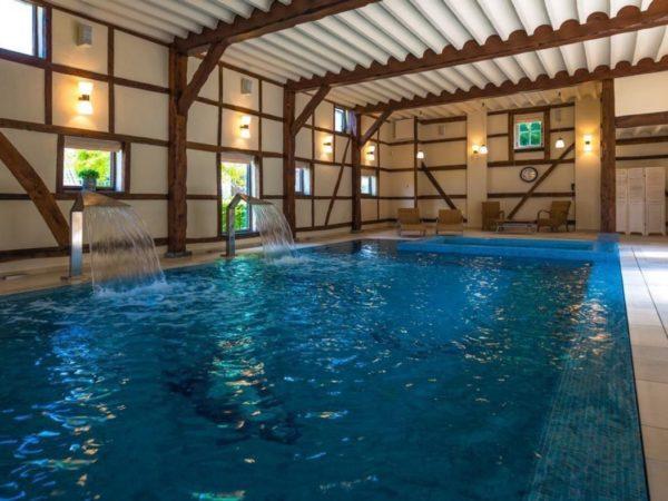 luxe-groepsaccommodatie-met-zwembad-in-limburg15